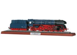 H0   Märklin 39208 - DR (DDR) BR 01.5  (AC sound)