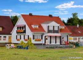 H0 | Kibri 38332 - Landhaus Cloppenburg