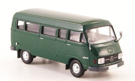 H0 | Brekina Starmada 13250 - Mercedes L 206D Kombi, dark green,1970, without cardboard slipcase