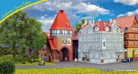 H0 | Kibri 12507 - H0 Hotel Ritter with city gate