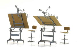 H0   Artitec 387.474 - H0 Set tekentafels met stoelen (2x)