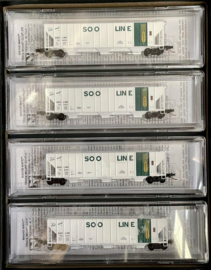 N   Micro Trains 99300116 - Soo Line 3-Bay Hopper