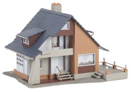 H0   Faller 131359 - Huis met balkon