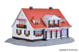 H0   Kibri 38332 - Landhaus Cloppenburg