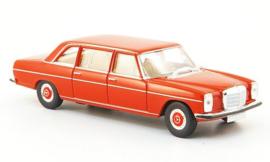 H0 | Brekina Starmada 13402 - Mercedes 220 D long (V115), red,without cardboard slipcase