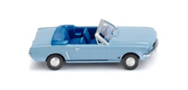 H0   Wiking 020548 - Ford Mustang Cabrio (1)