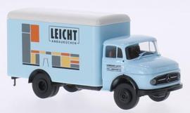 "H0   Brekina 47011 - Mercedes L 322 box truck, ""Leicht Anbauküchen"""