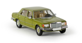 H0 | Brekina Starmada 13151 - Mercedes-Benz 450 SEL Limousine (W 116), olijfgroen