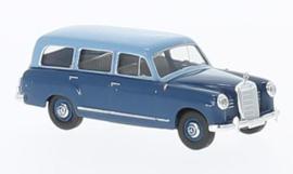 H0 | Brekina Starmada 13465 - Mercedes 180 Kombi,light blue/dark blue