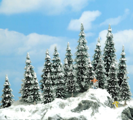 H0 | Busch 6466 - 20 winter firs
