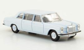 H0 | Brekina Starmada 13403 - Mercedes 220 D lang (W115), light blue