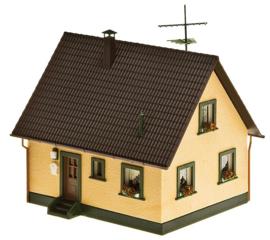 "H0 | Faller 130223 (223) - One-family house, packed in ""zipbag"""