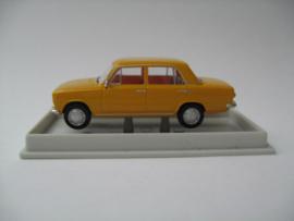 H0 | Brekina 22400 - Fiat 124, daffodils yellow.
