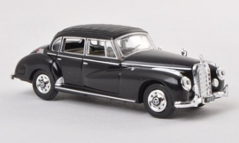 H0 | Ricko 38312 - Mercedes 300c (W186),black, 1955