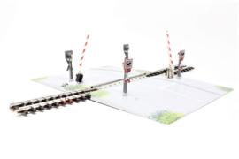 H0 | Märklin 7592 - Volautomatische spoorwegovergang (K-rail)