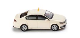 H0   Wiking 014921 - VW Passat B7 taxi. (1)