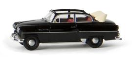 H0 | Brekina 20224 - Opel Olympia Cabrio, black.