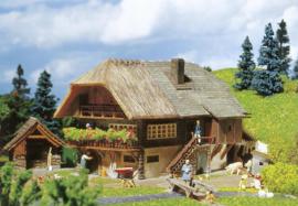H0 | Faller 131543 - Schwarzwaldboerderij