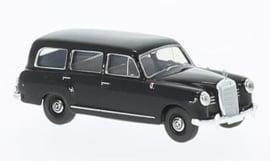 H0 | Brekina Starmada 13464 - Mercedes 180 Kombi, zwart