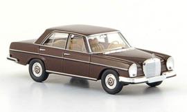 H0 | Brekina Starmada 13101 - Mercedes 280 SE (W108), donkerbruin, 1965, zonder omkarton