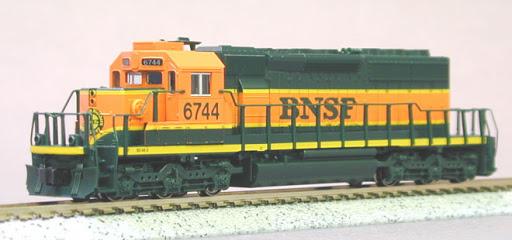 N | Kato 176-8203 - EMD SD40-2 / BNSF 6742*