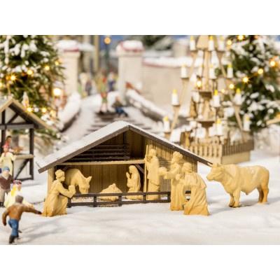 H0 | NOCH 14394 - Kerstmarkt kerststal met figuren in houtlook