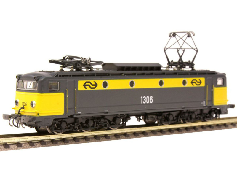 N | Startrain 60141 - NS 1306 yellow/grey era IV