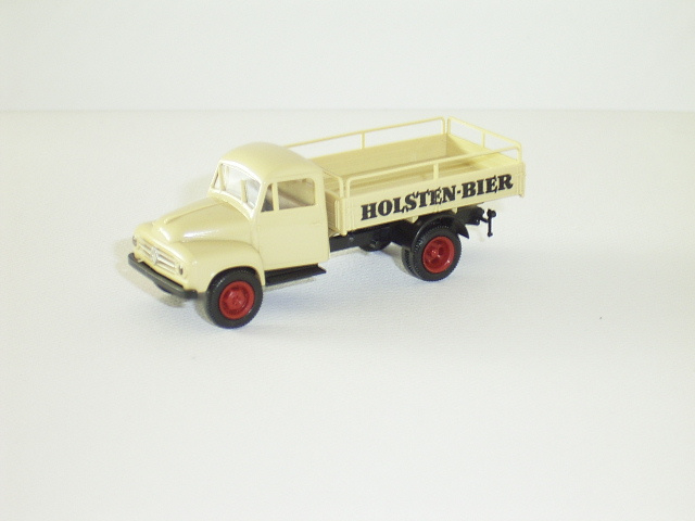 H0 | Brekina 0007 - Borgward B511  Holsten bier