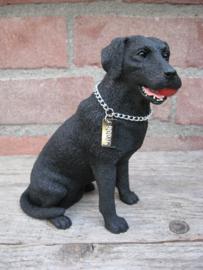 beeldje Labrador zwart met bal