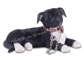 beeldje Staffordshire Terrier zwart met riem klein