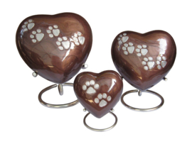urn Heart Paw Print bruin