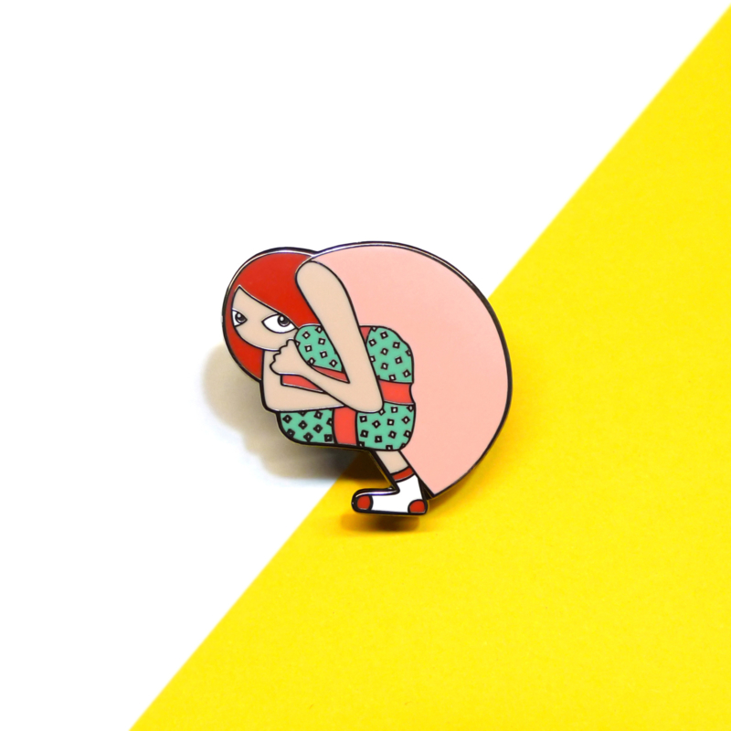 The gift emaille pin