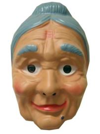 Masker oudere vrouw met grijs knotje (34127P)