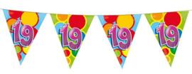 Vlaggenlijn ballonnen leeftijd 19 jaar (10 meter)