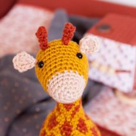 Gratis haakpatroon | Craftkitchen | Knuffel giraffe