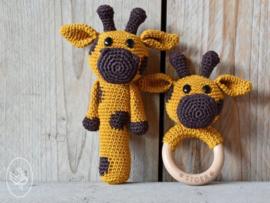 Gratis haakpatroon | Durable | Rammelaar en bijtring Giraffe Gerrit