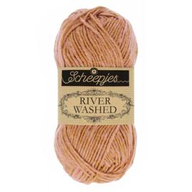Scheepjes River Washed 960 Murray