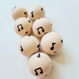 Houten kraal   Doll van Joyce   Muzieknootjes