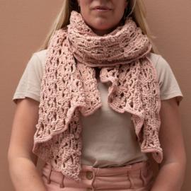 Yarn and Colors | Haakpakket | Lots of Dots Wrap
