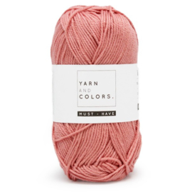 Yarn and Colors Must-have 047 Old Pink