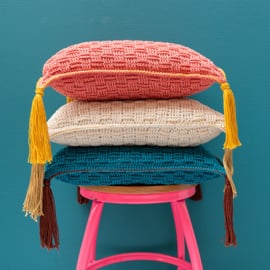 Yarn and Colors | Haakpakket | Must-have Cushion