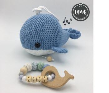 Gehaakt walvisje met muziekdoosje erin