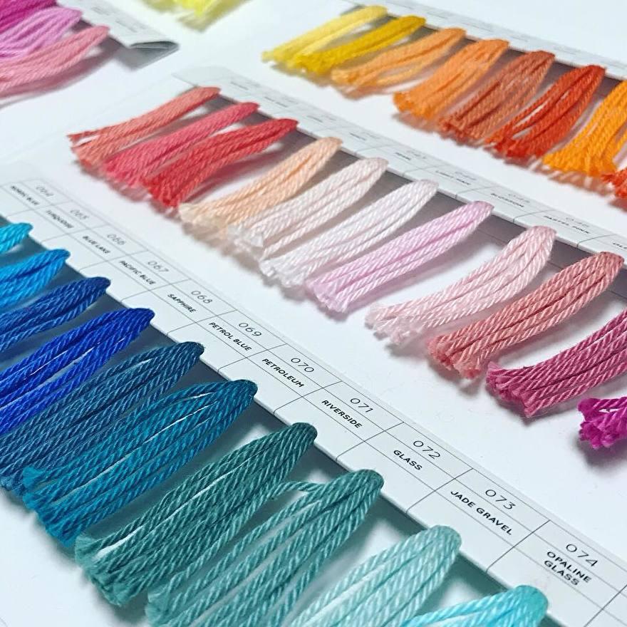Yarn and Colors kleurenkaart Must-have
