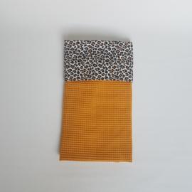 Wiegdeken Luipaard Wit/Zwart/Oker/Wafel Okergeel