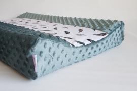 Aankleedkussenhoes Minky Fleece Donker Oudgroen/Tricot Veertjes Pastelkleuren