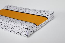 Aankleedkussenhoes Luxe Triangeltjes Wit/Zwart/Wafel Okergeel