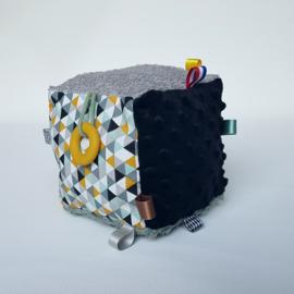 Kubus Grijs/Oker/Groen/Zwart