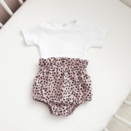 Leopard pink Bloomer & basic shirt