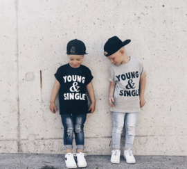 Shirt 'Young and Single'
