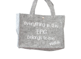 Vilten tas mini  'everything in this bag belongs to me'